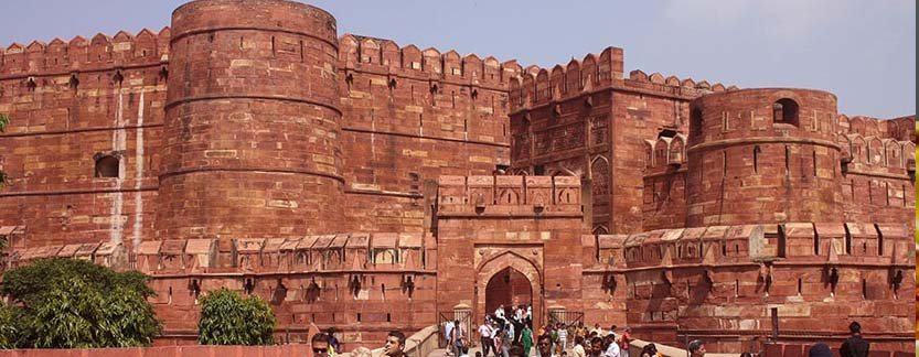 Agra Tour with Boating Experience